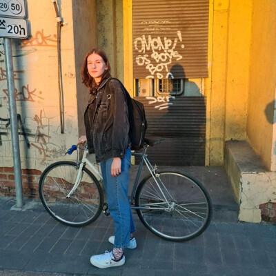 Neda zoekt een Kamer in Arnhem